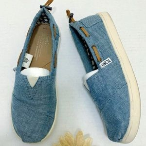 TOMS Rare Denim Boat Flats Size Youth 5